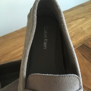 072245773a1 Calvin Klein Shoes - NWOT Calvin Klein mens 11.5 Martyn suede loafer